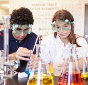 Information for careers as a High School Chemistry Teacher